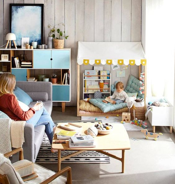 Coin enfant détente et jeu dans le salon