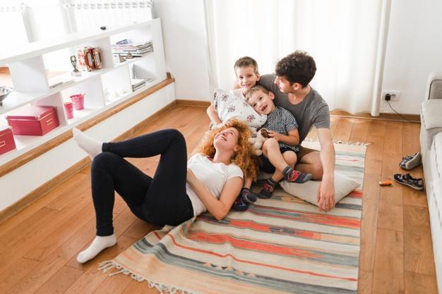 famille epanouie Montessori friendly