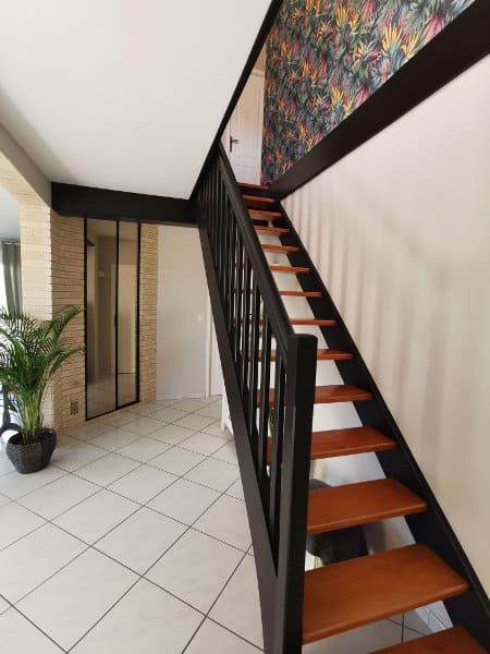 Projet client : Après, un escalier en véritable lien avec la déco de l'intérieur