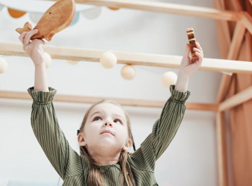 Chambre Montessori bienveillante