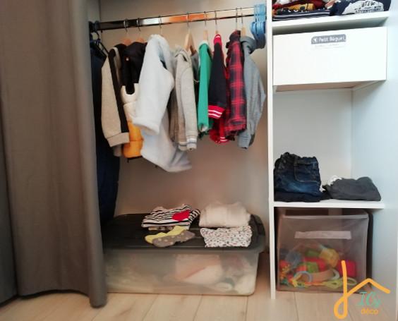 Un dressing adapté à l'enfant dans la chambre Montessori | ICy déco