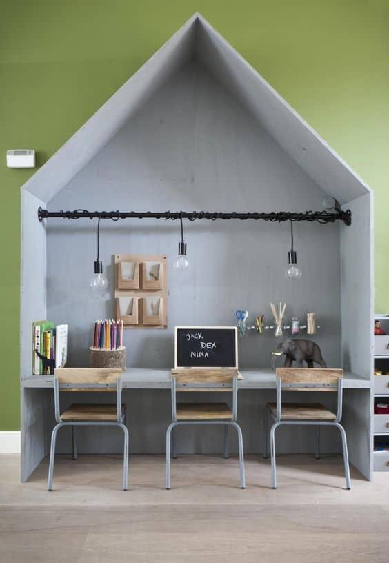 Coin bureau enfant DIY en forme de maison