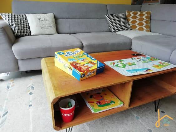 Une table basse fonctionnelle et sécurisée pour un salon avec enfants | ICy déco