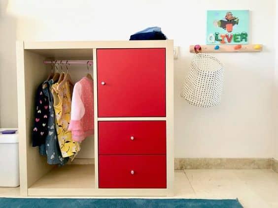 Hacker un meuble de rangement pour un dressing enfant sur-mesure