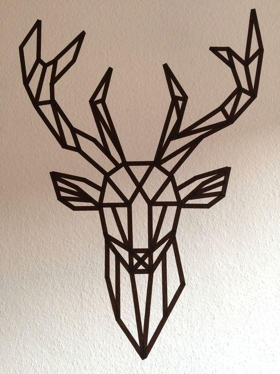 Une tête de cerf version origami en masking tape