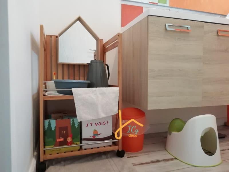 Adopter la pédagogie Montessori dans son intérieur : cas de la salle de bain | ICy déco