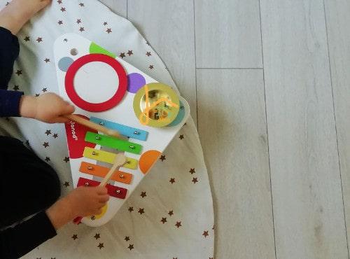 Tapis de jeux Montessori friendly : bien le choisir | ICy déco